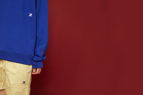 [Sold out] Signature sweatshirt (blue)