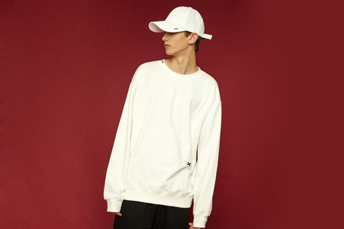 [Sold out] Signature sweatshirt (white)