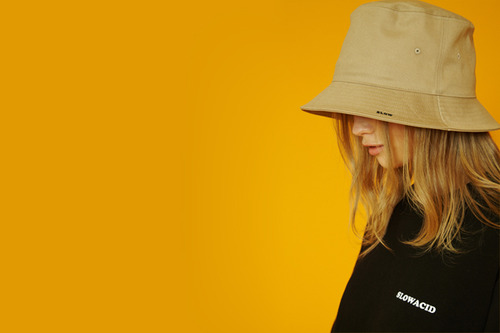 [Sold out] Slow buckethat (beige)