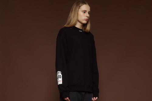 [Sold out] Bar-code sweatshirt (black)