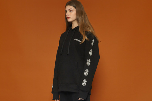 [Sold out] Funhouse Hoodie (black)