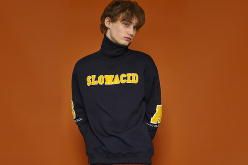 [Sold out] SA Turtleneck Sweatshirt (navy)