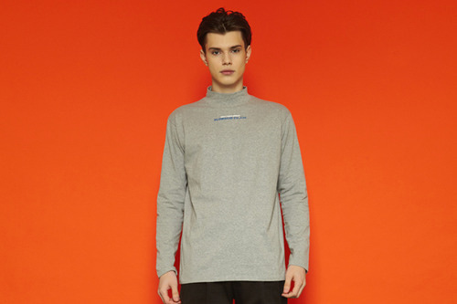 [unisex] Chestlogo Half-turtleneck T (grey)