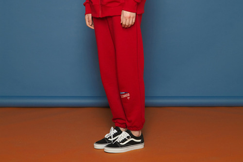 [unisex] Arrow Training Pants (red)