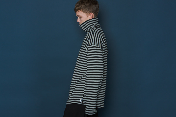 Stripe Turtleneck Long-T (BLACK)