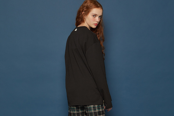 Slit Long-T (BLACK)