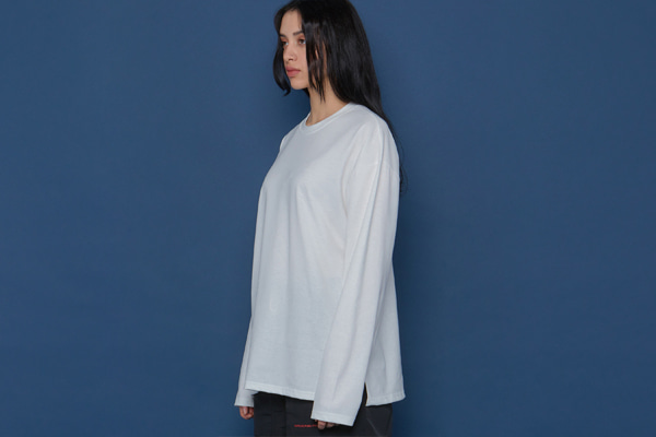 Layered Slit Long-T (WHITE)